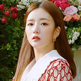Apink Yoon Bomi